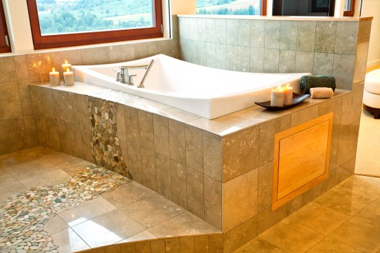 Northwest-Contemporary master bathtub