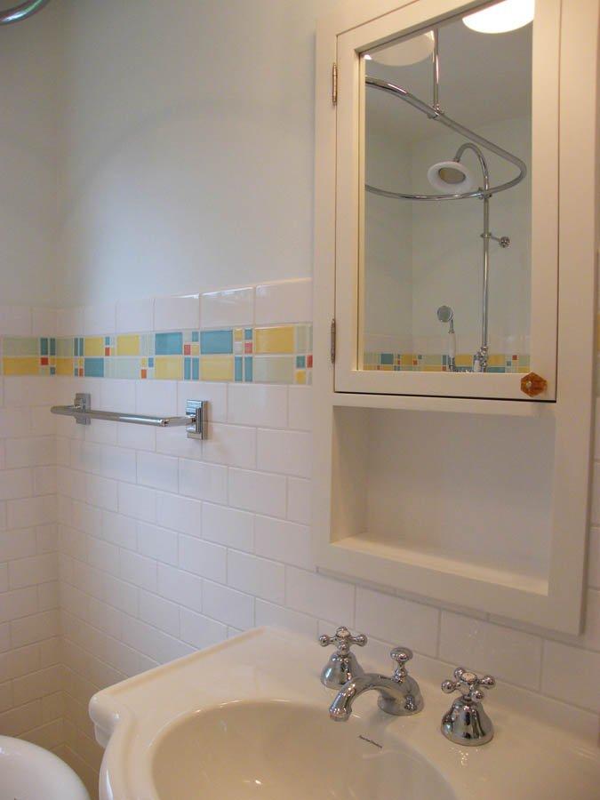 Retro-Transitional bathroom vanity