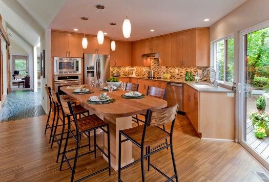 Modern-Transitional kitchen bar and nook