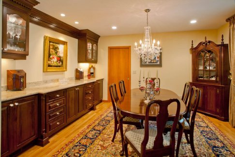 Eloquent-Tradition dining room concept