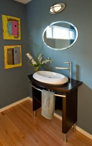 Ubo-Contemporary Bathroom Remodel in cute Portland condo