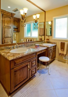 Eloquent-Tradition double vanity