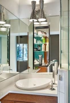 bathroom vanity mirror remodel