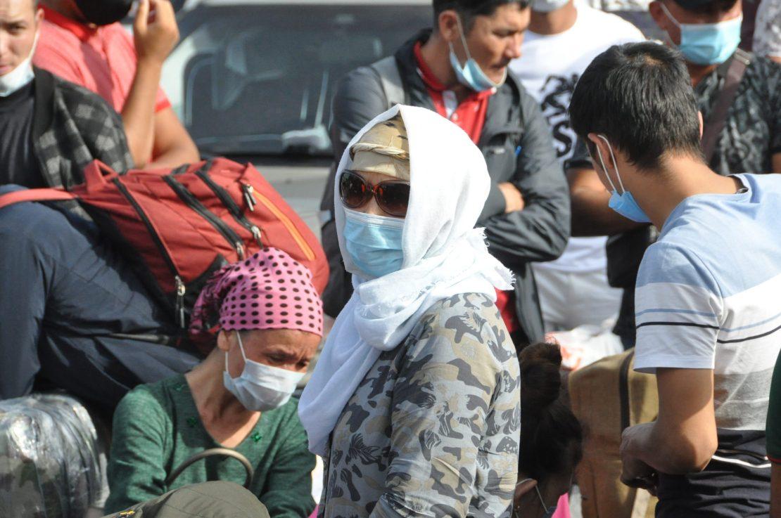 Мигранты из Узбекистана