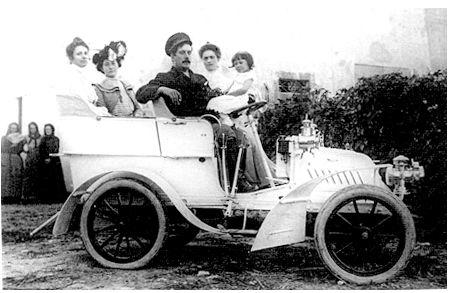 Giacomo Puccini - in automobilul său De Dion Bouton