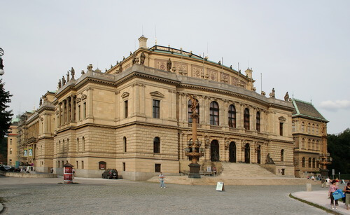 Palatul Rudolfinum din Praga