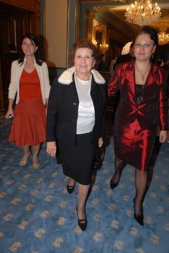 Daniela Șontică, Mituzra Arghezi, Loreta Popa