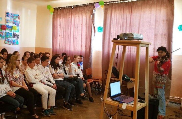 proiect caravana unirii educatie muzicala si teatrala