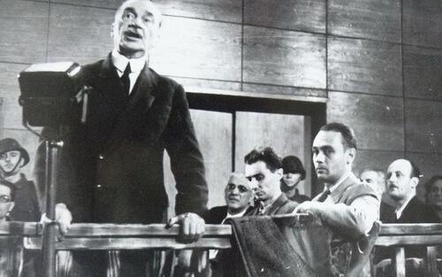 """Iuliu Maniu în timpul procesului ce a urmat """"înscenării de la Tămădău"""""""