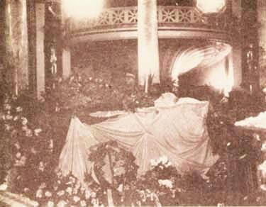 Înmormântarea lui I. G. Duca. Sursa foto: Historia