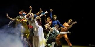 """Imagine din spectacolul """"Apa vie"""", Teatrul Mic din București"""