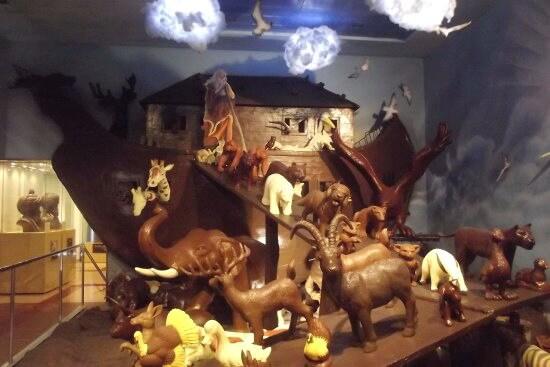 Reprezentare în ciocolată a potopului lui Noe la Pelit Chocolate Museum