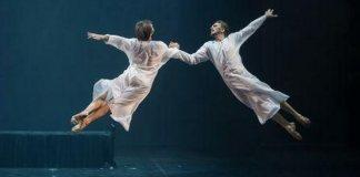 """Imagine din baletul """"Ceaikovski – pro și contra"""" de Boris Eifman"""