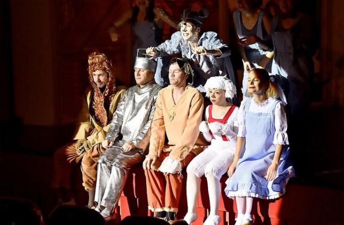 "Imagine din spectacolul ""Vrăjitorul din Oz"", © Teatrul Excelsior"