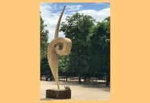 """""""Zgârie-nori"""", sculptură de Ernö Bartha"""