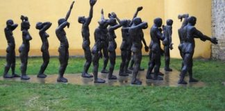 Grup statuar din Spațiul de Reculegere și Rugăciune, Muzeul Victimelor Comunismului şi al Rezistenţei, Sighetu Marmației