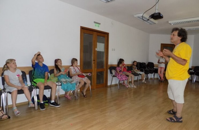 "Grupul artistic ""Nino Nino;"" condus de Lică Barbu, Brăila"