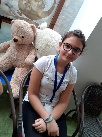 """Cristina Bratu, 12 ani, Şcoala gimnazială """"Mihai Eminescu"""", Brăila"""