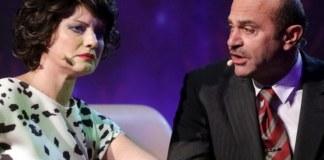 """Claudia Ieremia și Ion Rizea în spectacolul """"Sunt o babă comunistă"""". Sursa foto: Teatrul Național din Timișoara"""