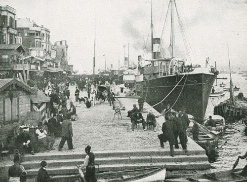 Portul Galata la începutul secolului al XX-lea. Sursa foto: Tauss Marine