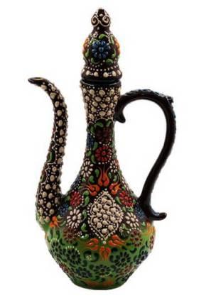 Ulcior din ceramică specială. Lucrare artizananlă manuală. Sursa foto: ciceksepeti.com