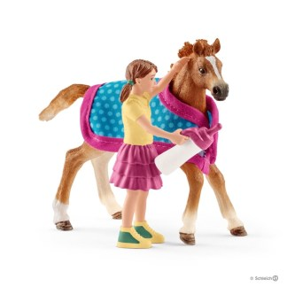 Schleich Foal with Blanket Horse Club - Schleich 42361   LeVida Toys