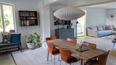Smakfull inredning i hus vi bodde i under semester i Danmark.