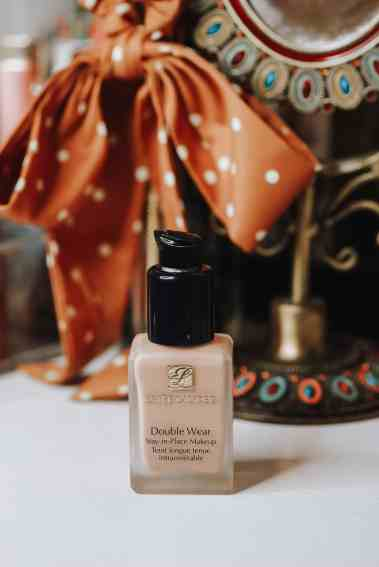 Estee Lauder Double Wear Stay-in-Place full coverage matte foundation