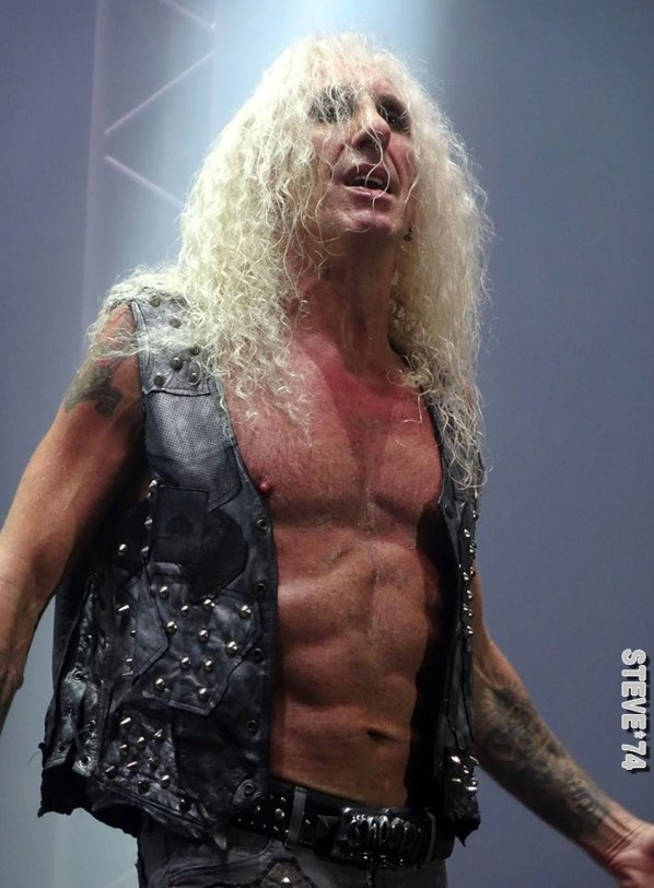 TWISTED SISTER 11