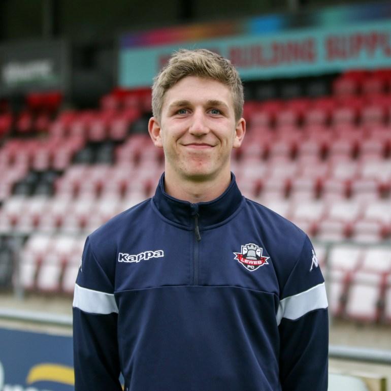Joe Gander Lewes FC Women 2018 2019-13