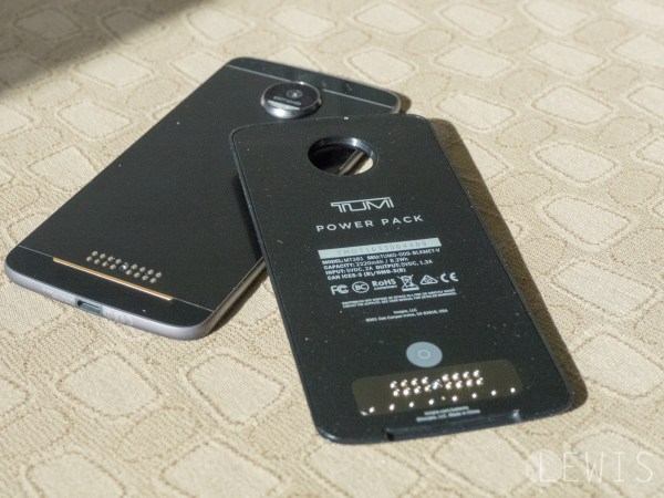moto z tumi battery pack mod