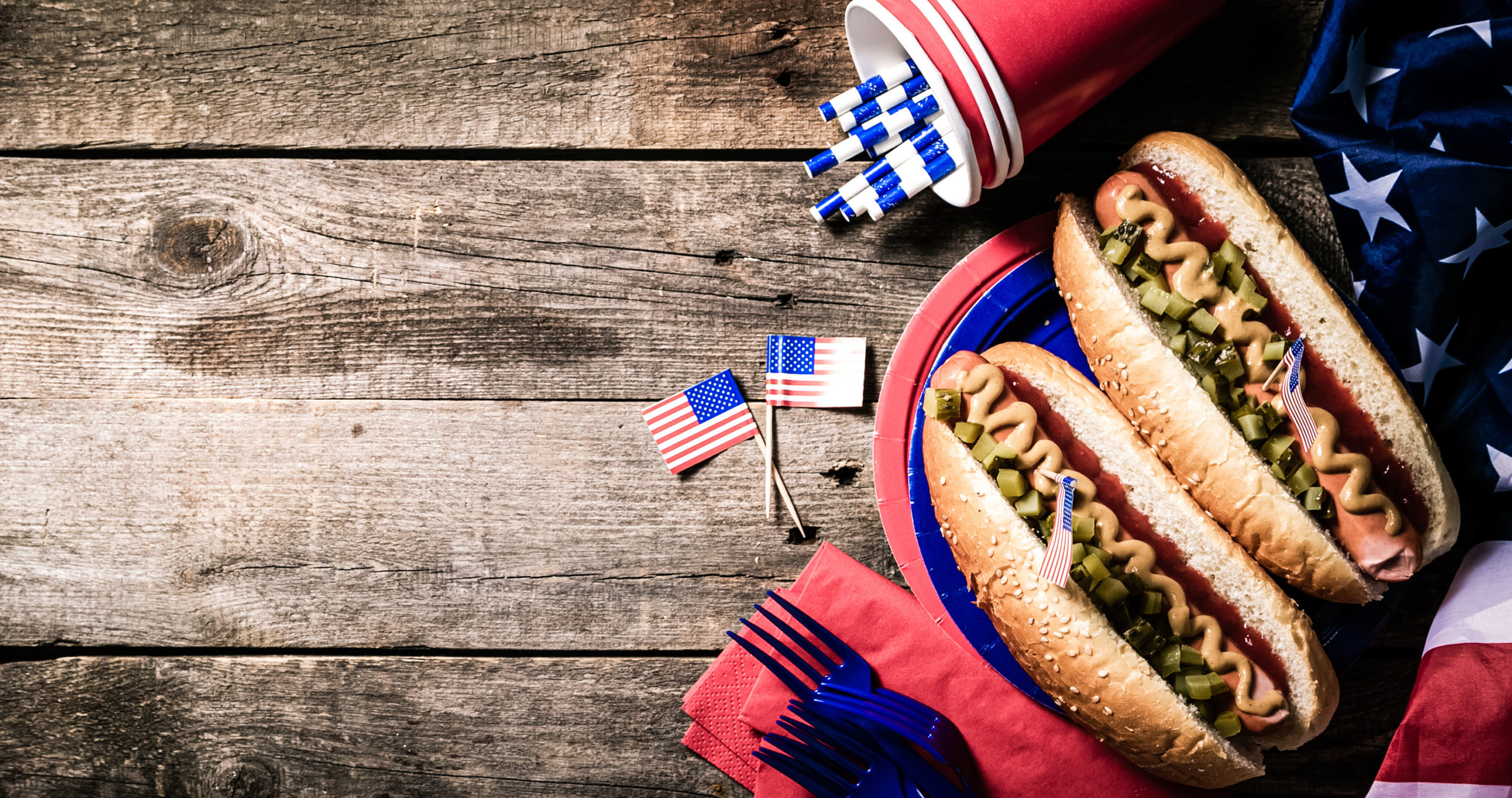 Labor Day : hot dogs, barbecue