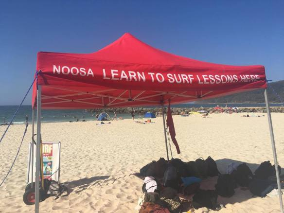 Noosa learn to surf