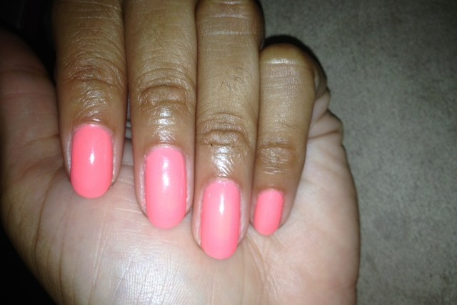 Monday Mani Muse: End Of Summer Coral – Gel II Beach Party