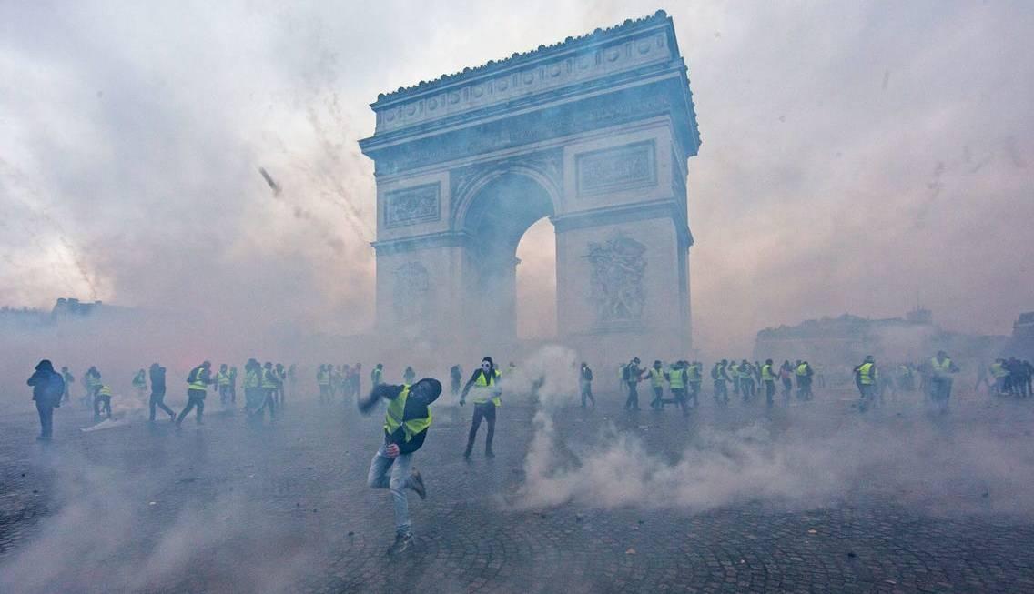 Rënia E Demokracisë Në Francë Është Një Kërcënim Për Lirinë Dhe Të Drejtat E Njeriut Kudo Në Botë