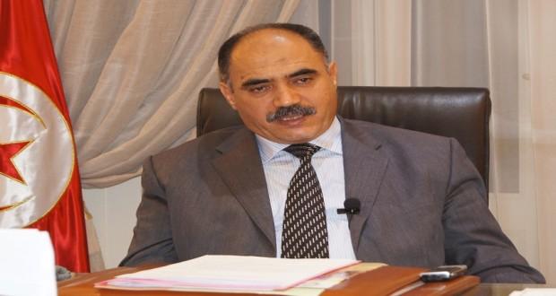 وزير التربية يشرف على إنطلاق دورة التدارك لإمتحان البكالوريا في أحد معاهد منوبة