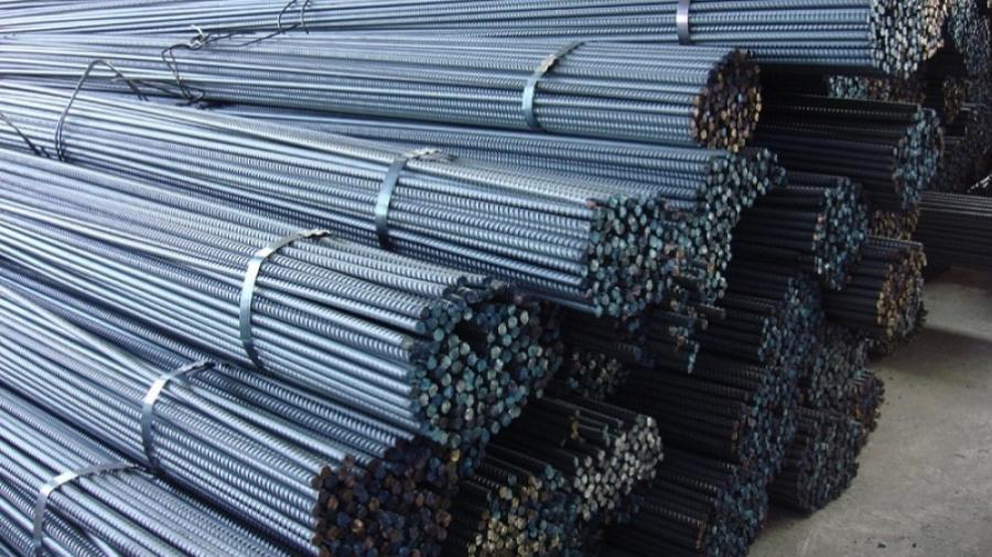 أزمة الحديد تهدد مصير 500 ألف عامل بناء تونسي
