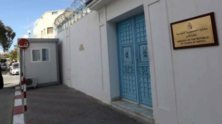 قنصلية تونس بطرابلس: إجراءات تهم الراغبين في العودة من ليبيا