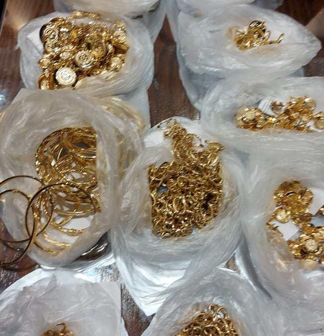 فرقة الحرس الديواني بصفاقس تحجز كميات من المصوغ المهرب بقيمة 400ألف دينار.