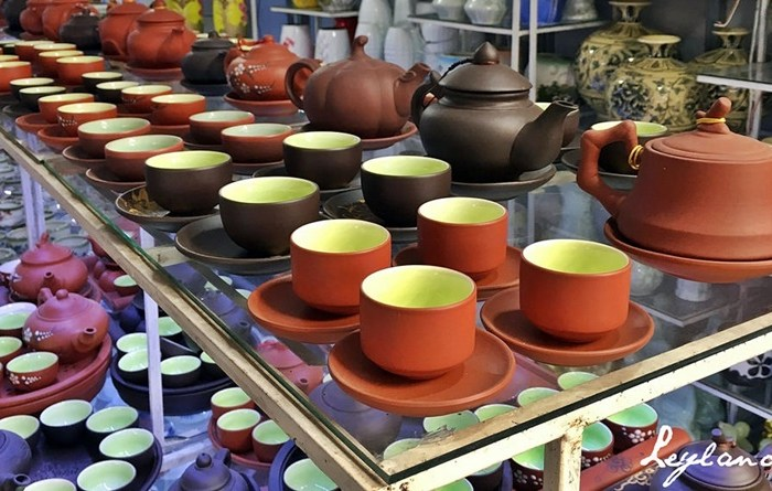 """Pot Sessions"" at the Bat Trang Pottery Village in Vietnam"