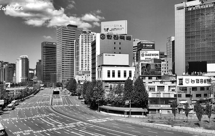 Seoul on Foot: Exploring South Korea's Capital City