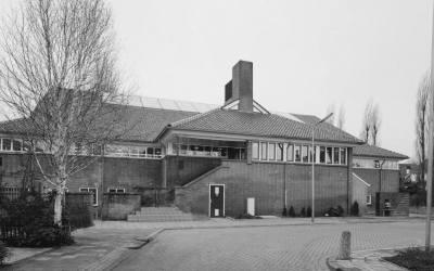 Het Spaardersbad: van zwembad tot wooncomplex (met prijslijst ±1960)