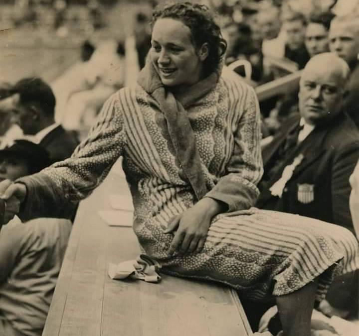 Rie Mastenbroek en de opkomst van het Nederlandse dameszwemmen tussen beide wereldoorlogen