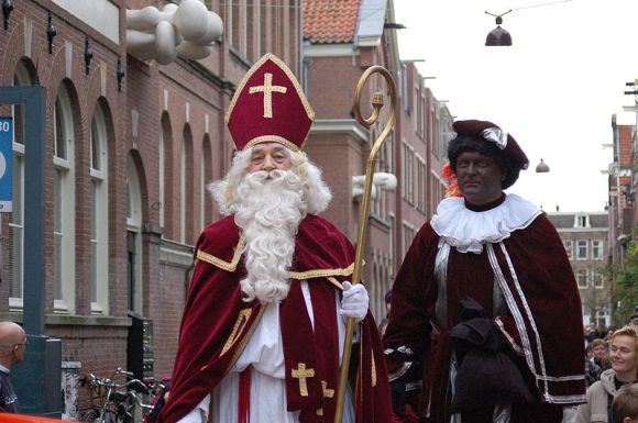 File:Sinterklaas zwarte piet.jpg