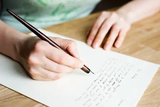 Cara Menulis Surat Dan Tips Menulis Surat