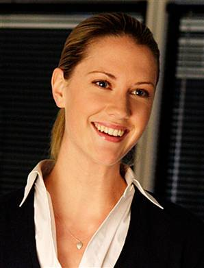 A picture of the character Lara Perkins - Years: 2004, 2005, 2006