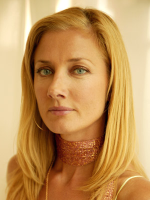 A picture of the character Julia McNamara - Years: 2003, 2004, 2005, 2006, 2007, 2008, 2009, 2010