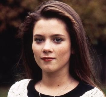 A picture of the character Beth Jordache - Years: 1993, 1994, 1995