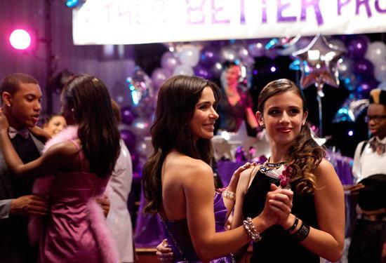 Nina and Julia's Better Prom