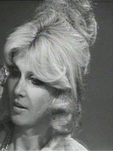 A picture of the character Robyn Ross - Years: 1973
